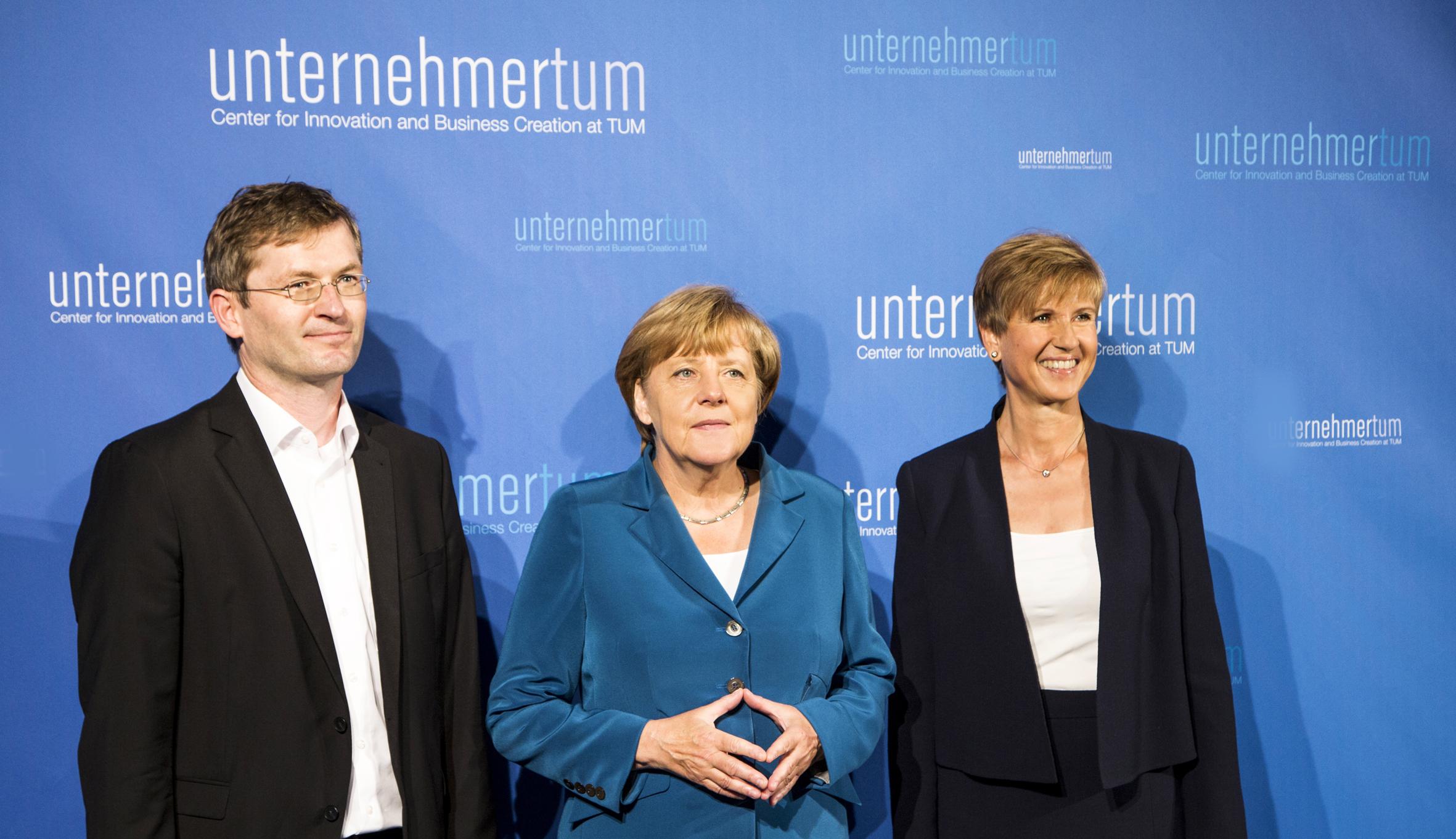 Bundeskanzlerin Dr. Angela Merkel besucht UnternehmerTUM